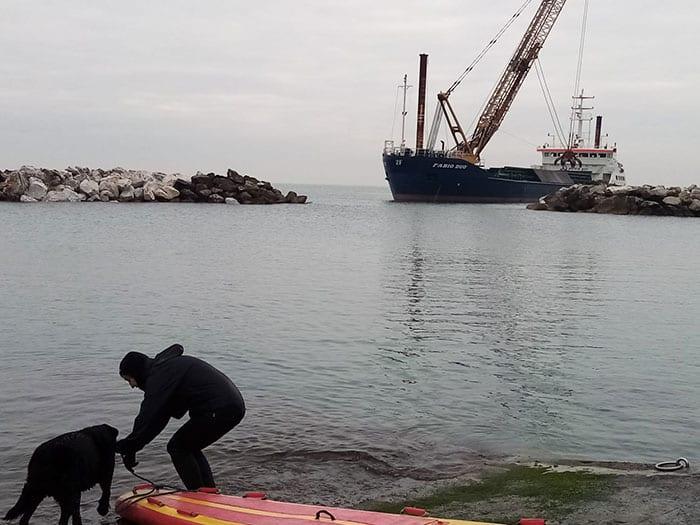 Allenamento di lavoro in acqua a Marina di Pisa